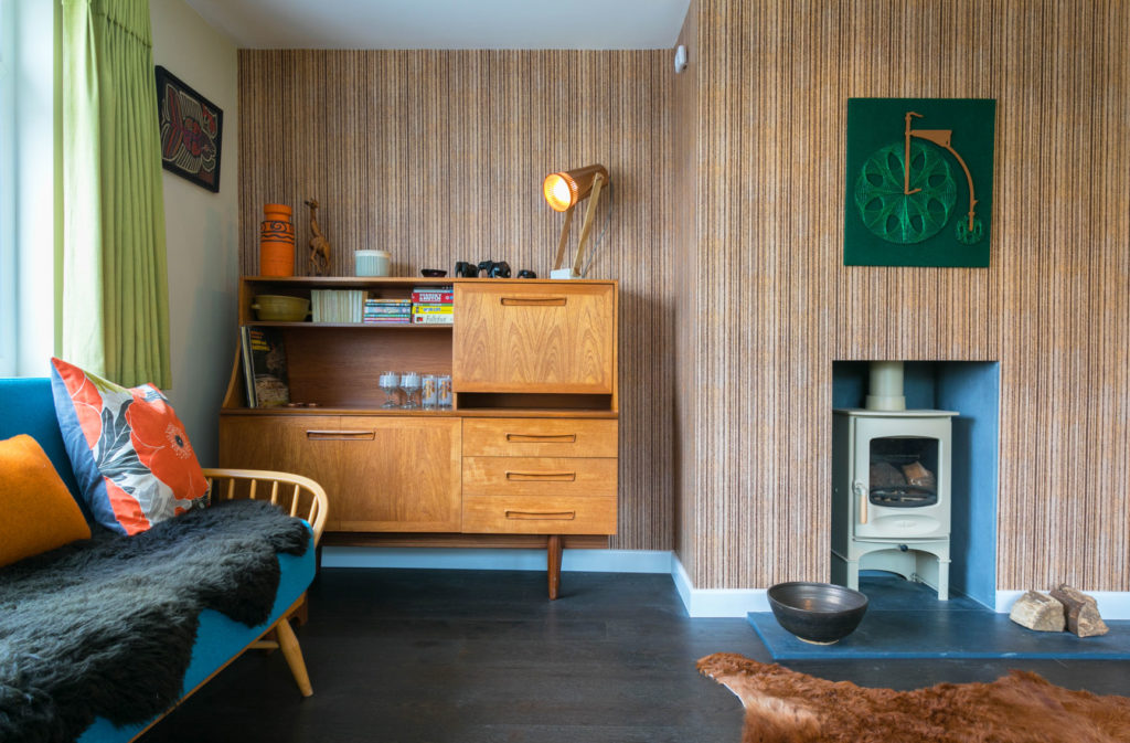 Braunton Bolthole - living room