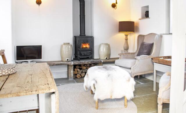Peak District Cottage - sitting room