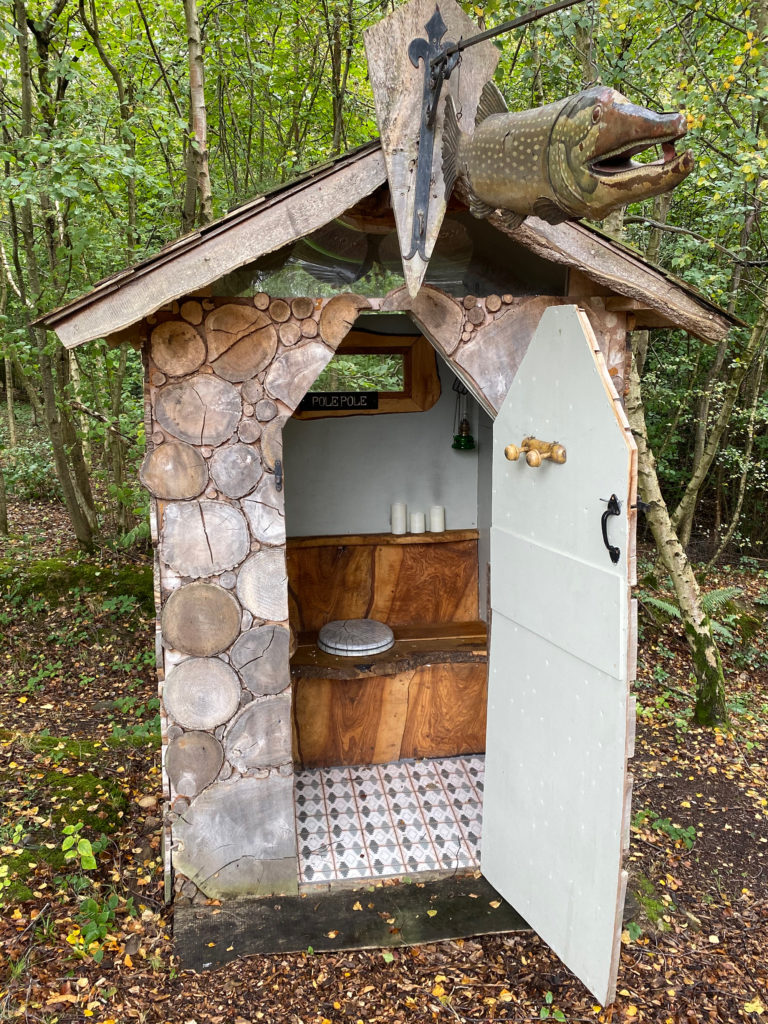 Quirky Sussex Carriage - compost toilet