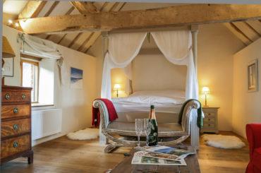 Ludlow Hideaway - bedroom