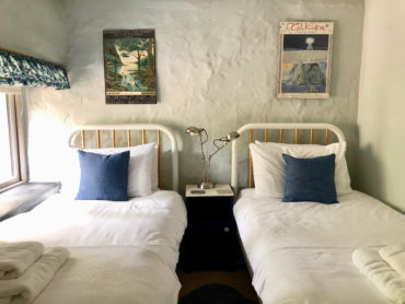 Camellia Cottage Cornwall - twin room