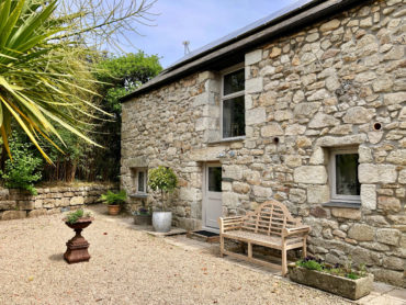 Camellia Cottage Cornwall exterior