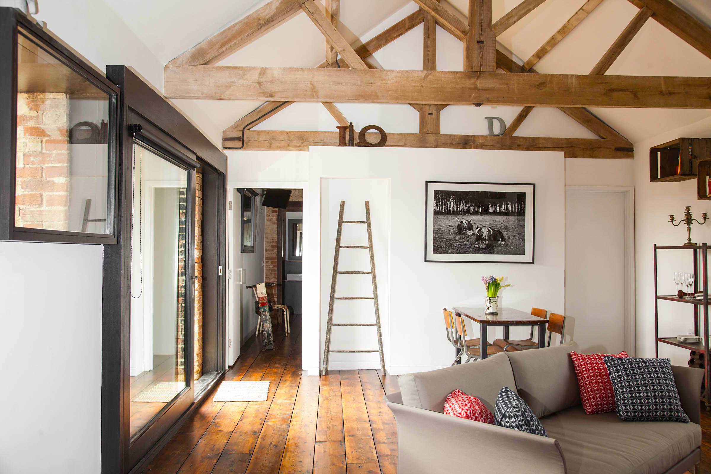 Little Westacre Barn - living room